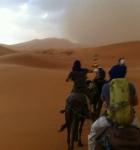 moha-camino-bereber-tormienta-desierto